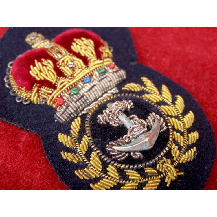 ROYAL NAVY CHIEF PETTY OFFICER CAP BADGE